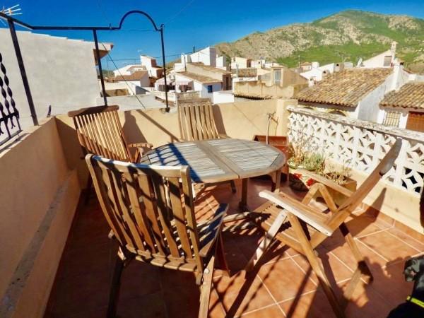 Coqueta Casa De Pueblo.