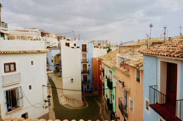 Apartamento Casco Antiguo, Con Terraza.